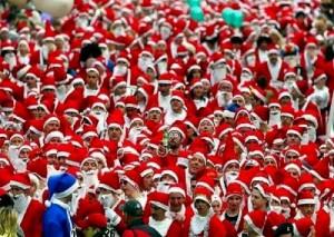 Всем известно, что у Деда Мороза красный нос, поэтому, если вы хотите стать Дедом Морозом, вам нужно долго и много пить! Тогда у вас появится такой же замечательный красный нос.