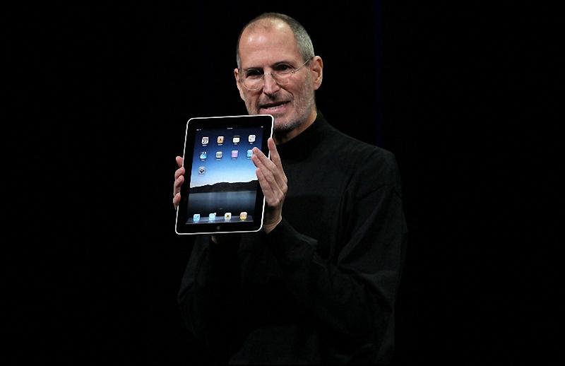"""Глава """"Apple"""" Стив Джобс"""