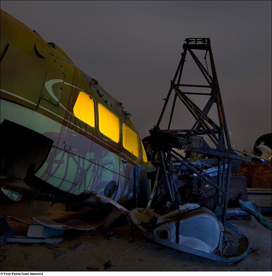 Останки турбовинтового самолета послевоенного времени
