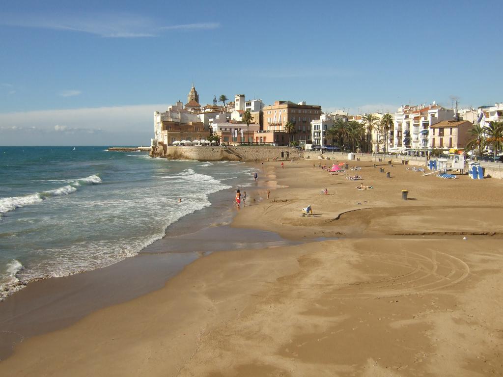 Седьмое место — Ситжес (Испания) — известный во всей Европе гей-курорт