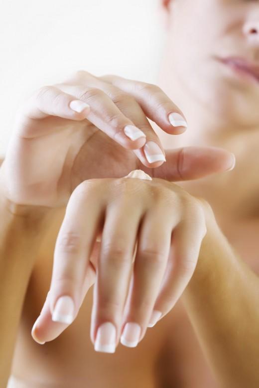 Как уберечь руки зимой