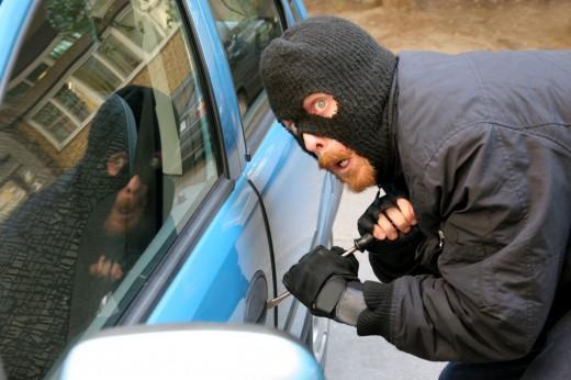 Защитим автомобиль от угона