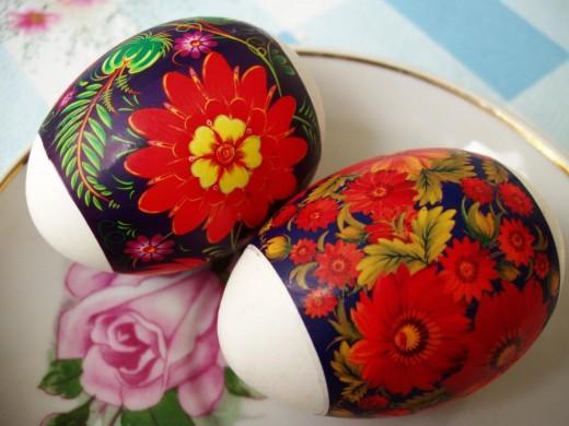 Яйца с наклейками - также писанки