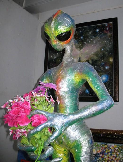 Памятник пришельцам