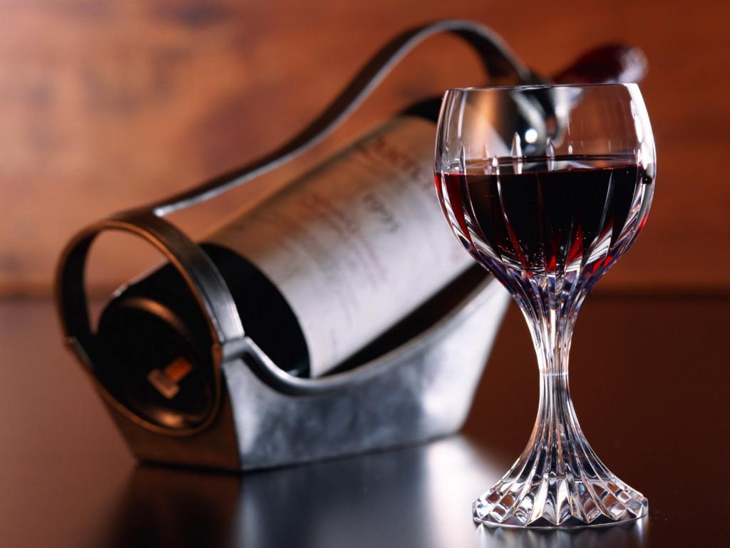 Энотерапия (лечение вином): как действует на организм вино