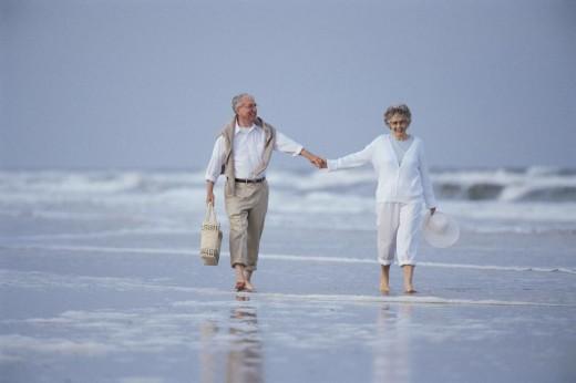 Продолжительность жизни мужчин и женщин сегодня примерно одинакова