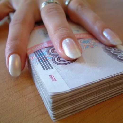 Россиян интересуют только деньги