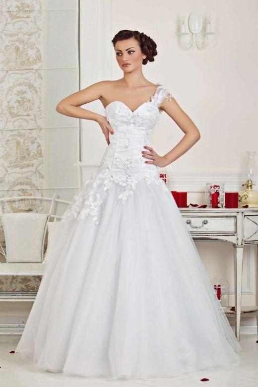 """Свадебные платья из коллекции """"Кэтрин"""""""