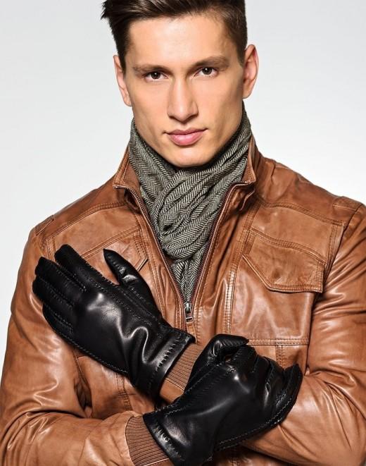 Мужские перчатки. История доблести и мужества