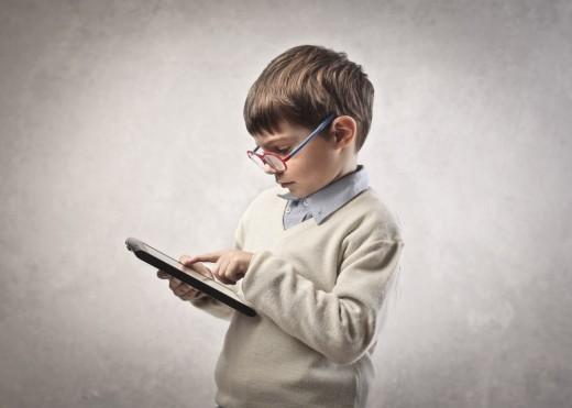 А вы купили своему школьнику или студенту планшет?