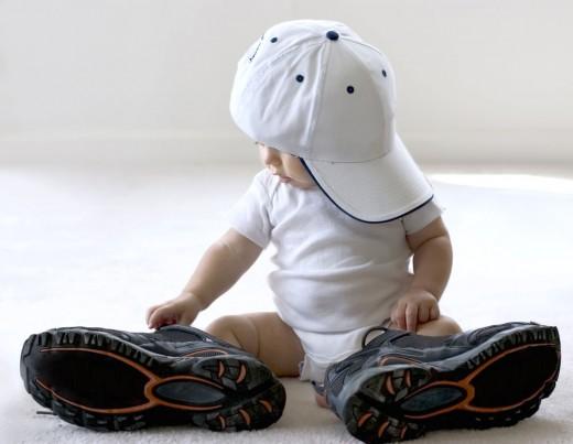 Нюансы выбора первой обуви для малыша