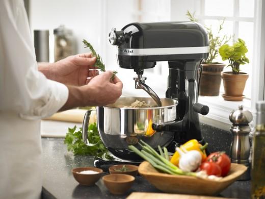 Техника первой необходимости на кухне
