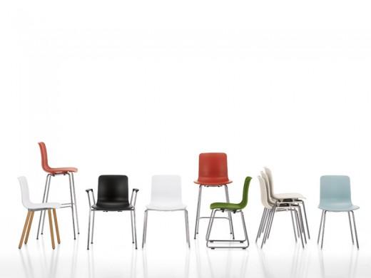 Богатый ассортимент мебели Vitra позволяет купить в интернет магазине DesGruppe стулья для бара любой конструкции и дизайна по выгодным ценам