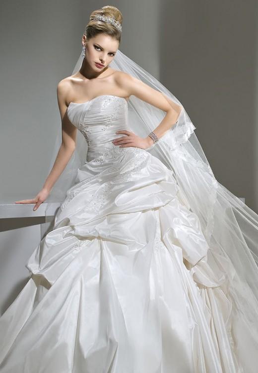 Где купить свадебное платье в Твери?