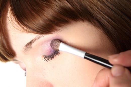Как правильно накрасить глаза?