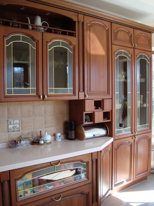 Апгрейд старой  кухни. Можно ли заменить  фасады  и что это даст?