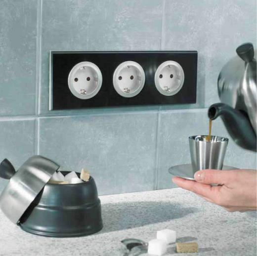 Купите электроустановочные изделия от Vivaset и получите скидку на новую сантехнику или мебель для ванной