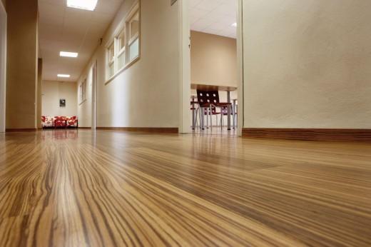 Какой ламинат лучше подойдет для квартиры, а какой для офиса?