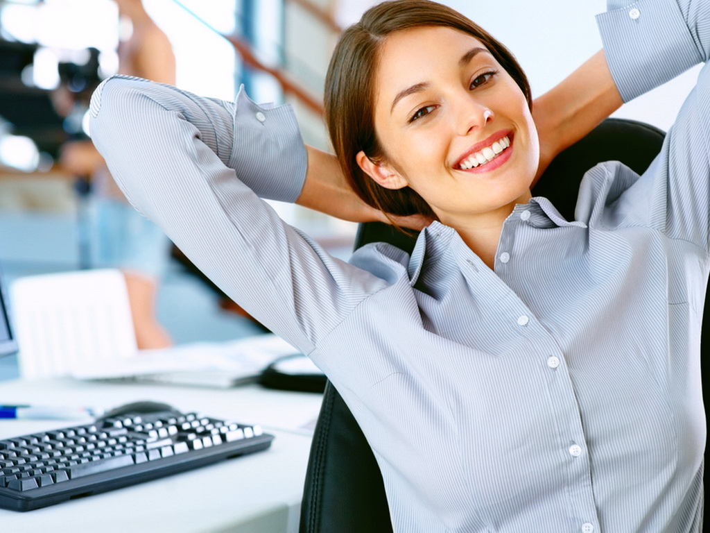 Найти работу в интернете для девушки девушки в самолете работа