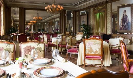 """Изысканные блюда и вина порадуют юбиляра в ресторане """"Пьяцца-Росса"""""""