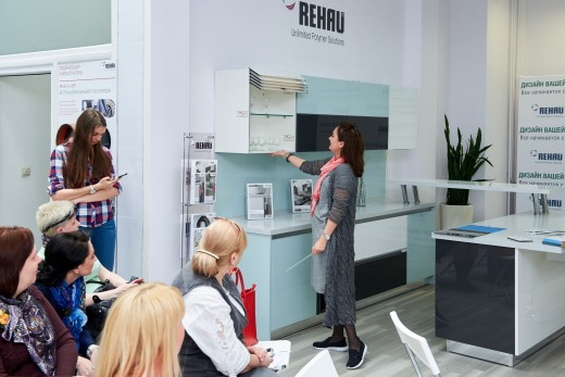«Современный дизайн кухни вместе с REHAU»: как создать пространство мечты