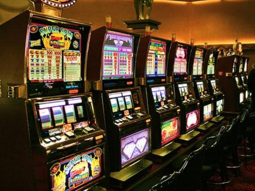 Игровые автоматы в интернет-казино Super Slots