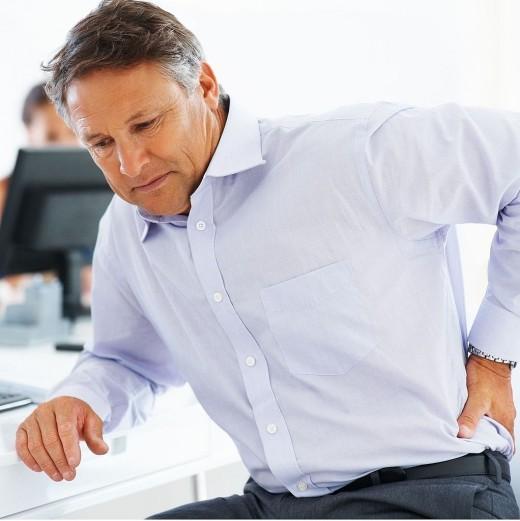 Боли в спине: причины и способы борьбы с ними