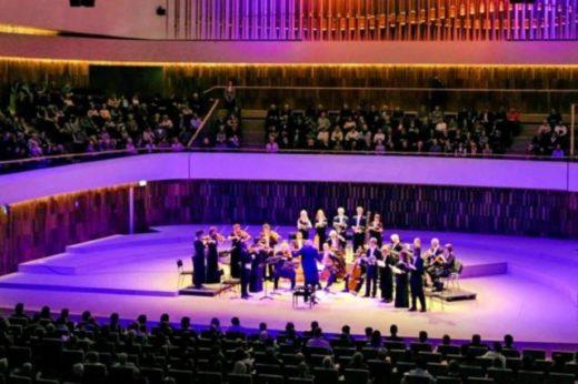 Тони Сервилло привезет премьеру своего спектакля на VII Санкт-Петербургский международный культурный форум