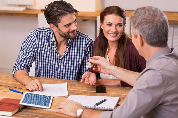 Преимущества покупки квартиры через агентство недвижимости - Моя ...