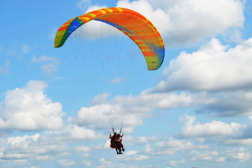 Полёт на параплане: подготовка, экипировка, рекомендации инструкторов