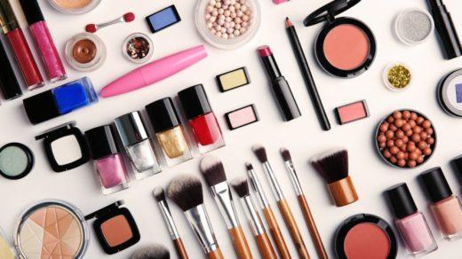 Преимущества покупки косметики через интернет-магазин