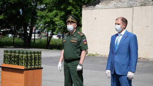 Михаил Романов напутствовал фрунзенских спортсменов-новобранцев