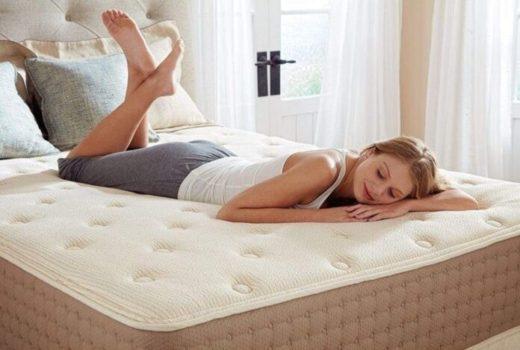 Какие ортопедические матрасы специалисты советуют выбирать женщинам для сна