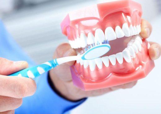 Как правильно чистить зубы. Почему это так важно?
