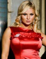 Анна Семенович готовиться отметить свои З0 лет