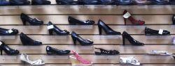 Как открыть обувной магазин?