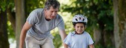 Обучение ребенка езде на велосипеде