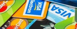 Карты банков «ХоумКредит», «Ренессанс Кредит» и УБРиР возглавили сентябрьский ТОП-20 Выберу.ру
