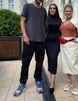 Телеведущая RU TV Лусик Карапетян дебютировала в комедии «СтендОпером» вместе с Нагиевым