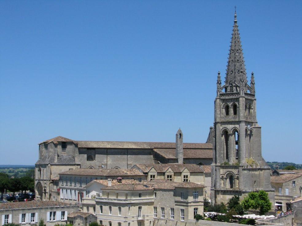 Церковь Сент-Эмильон