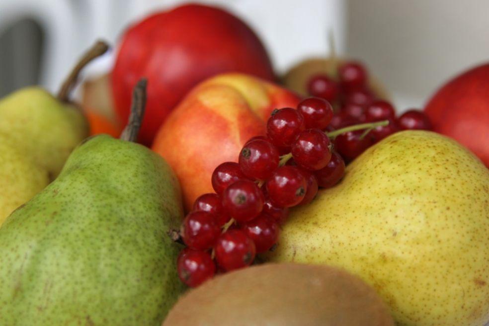 Груши и яблоки в Европе - дорогое удовольствие