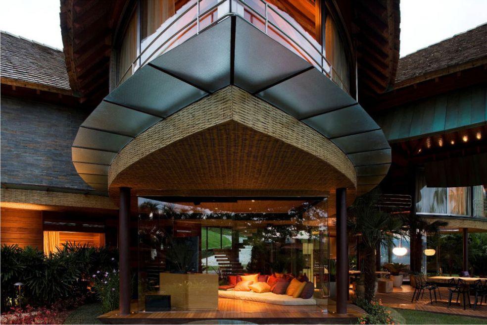 В Бразилии построили дом-листок