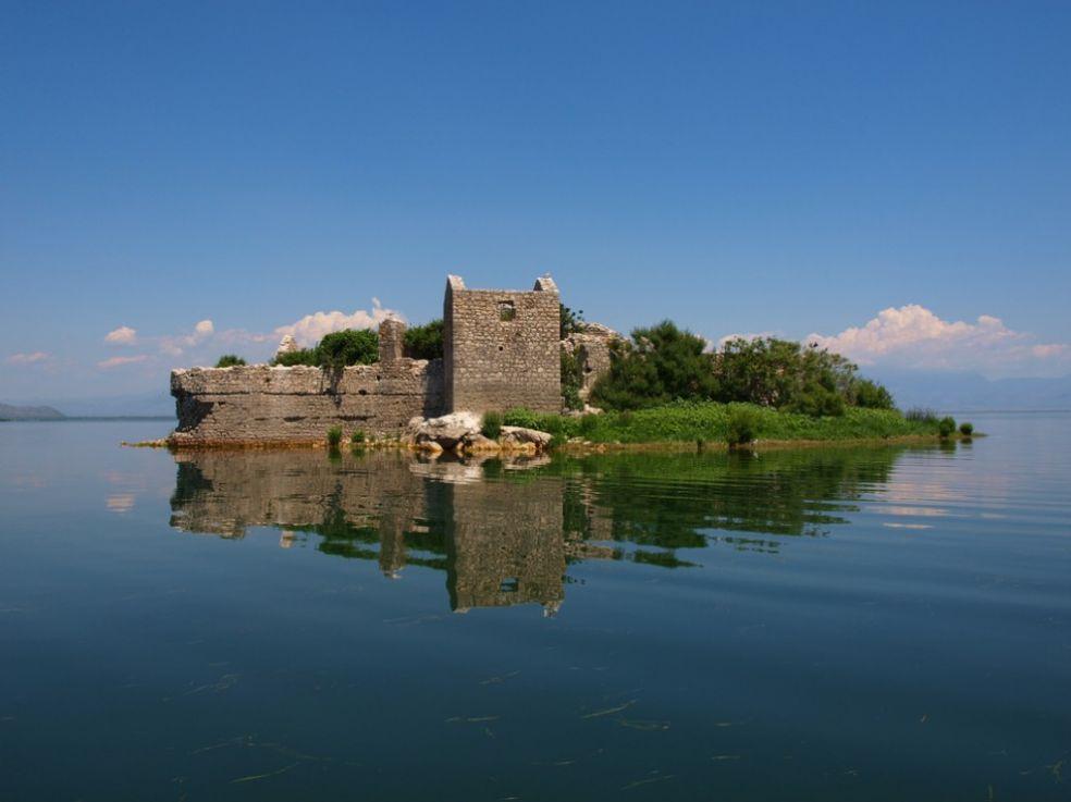 Тюрьма на Скадарском озере