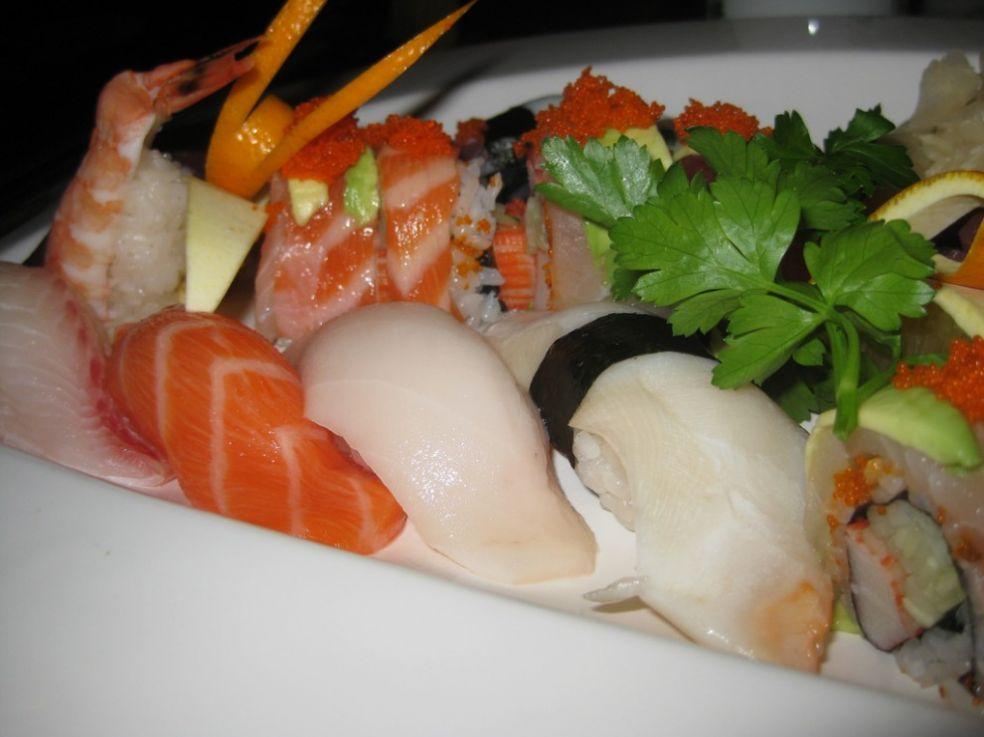 Суши и сашими