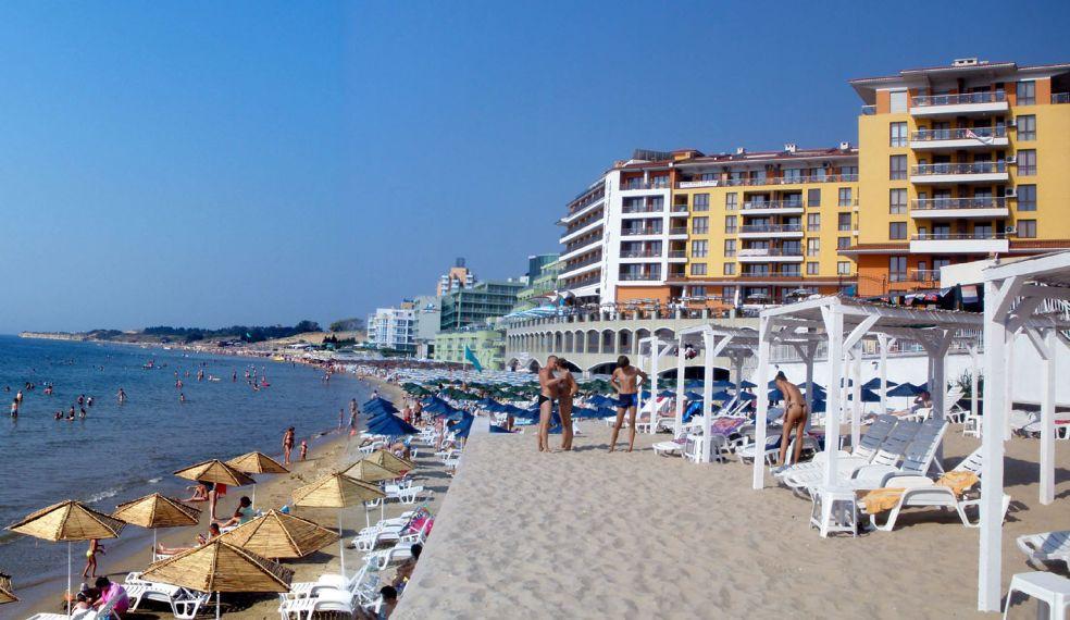 Традиционный пляж и экзотические