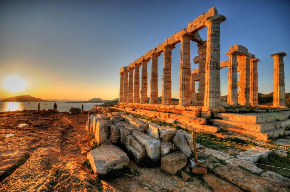 Храм Посейдона у мыса Сунион, Лаврио