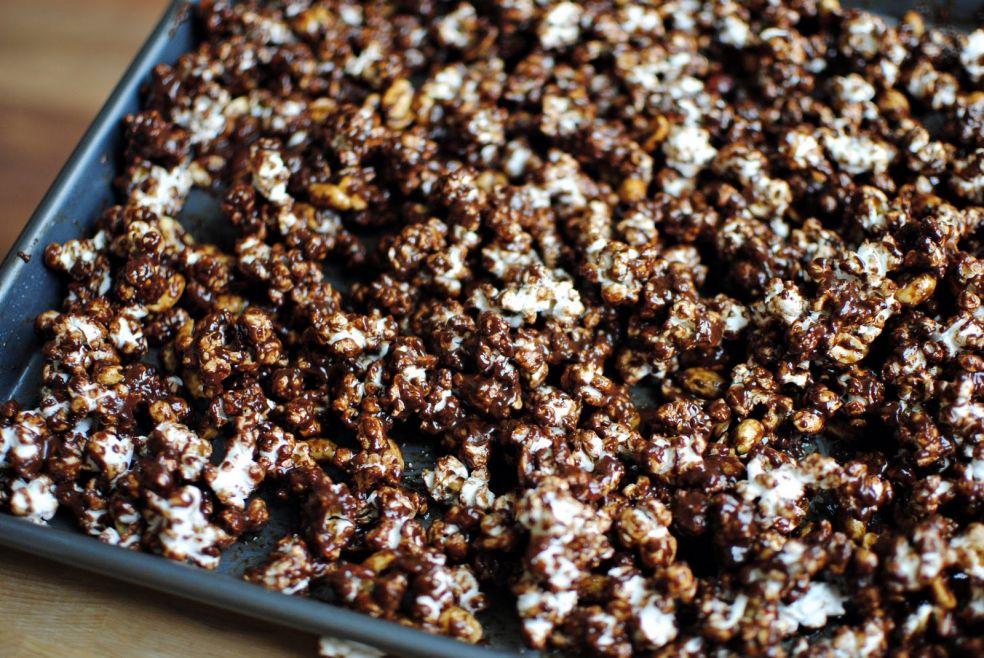 Шоколадный попкорн фото-рецепт