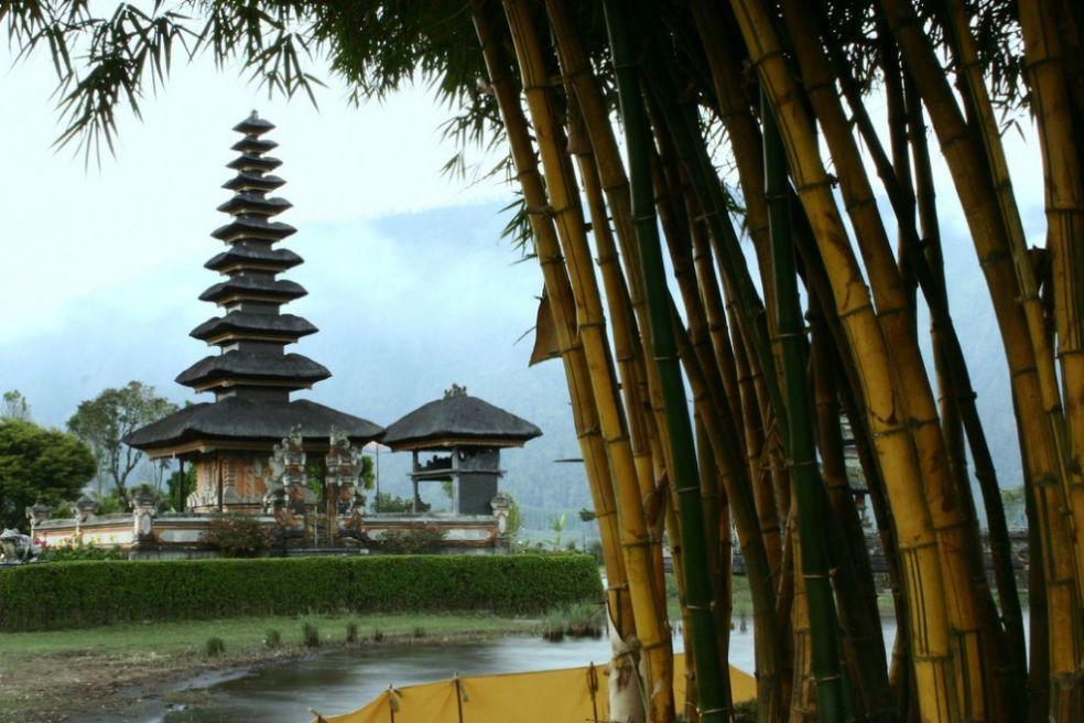 Озеро Братан, Бали