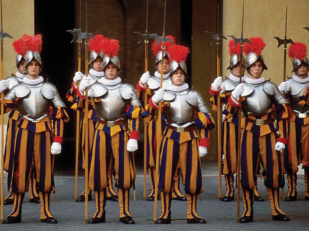 Гвардейцы святого престола