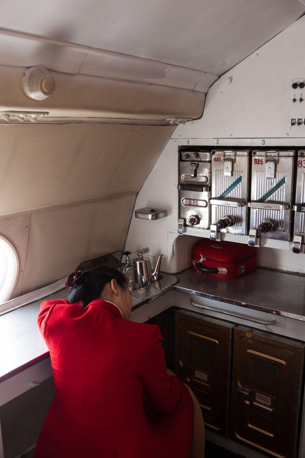 Спящая стюардесса